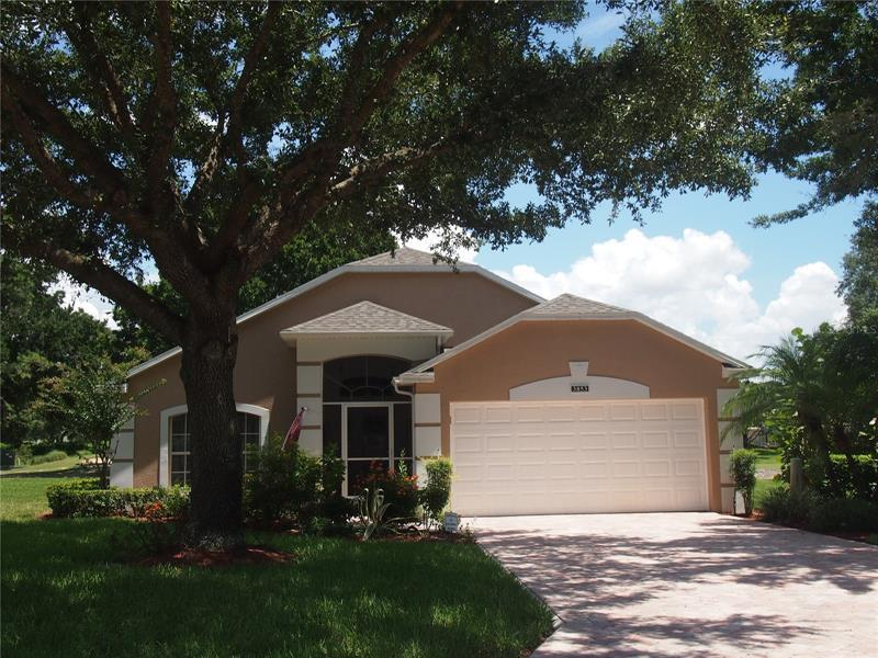 Image for property 3853 AVON COURT, CLERMONT, FL 34711