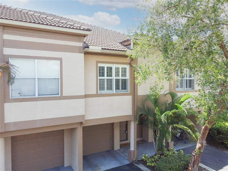 Image for property 1008 NORMANDY TRACE ROAD 1008, TAMPA, FL 33602