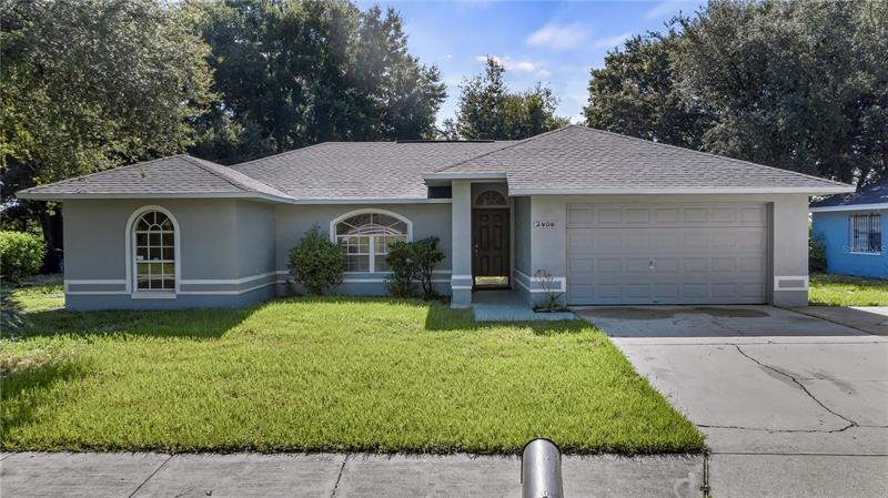 Image for property 2404 SWAN DRIVE, WINTER HAVEN, FL 33881
