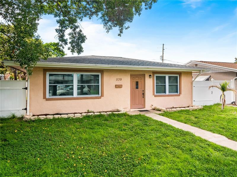 Image for property 539 75TH AVENUE, ST PETERSBURG, FL 33702