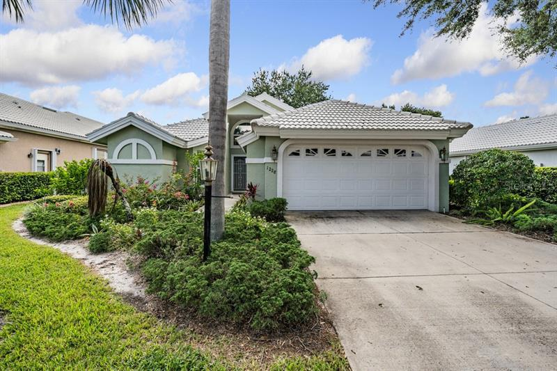 Image for property 1228 HARBOR TOWN WAY, VENICE, FL 34292