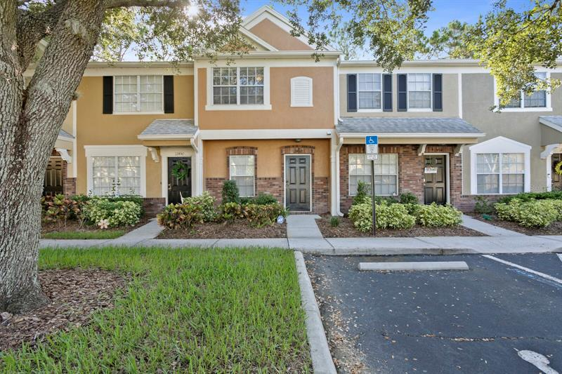 Image for property 12452 BERKELEY SQUARE DRIVE, TAMPA, FL 33626