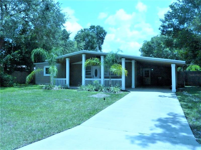 Image for property 940 LAKEWOOD AVENUE, TAMPA, FL 33613