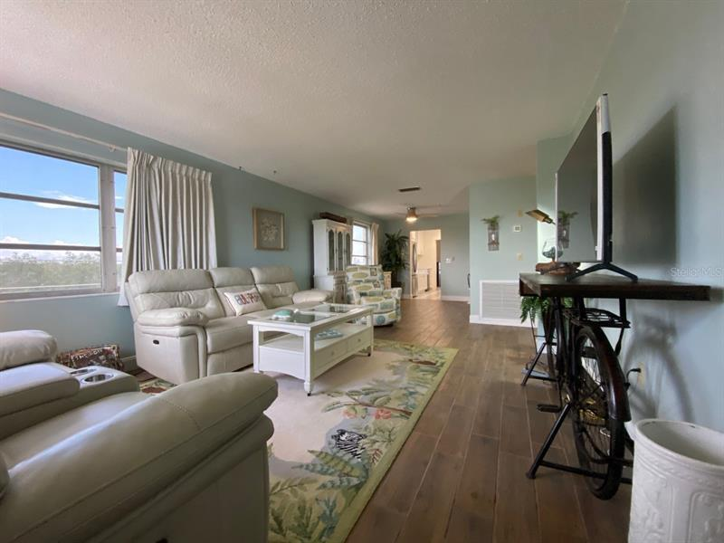 Image for property 2850 59TH STREET 401, GULFPORT, FL 33707