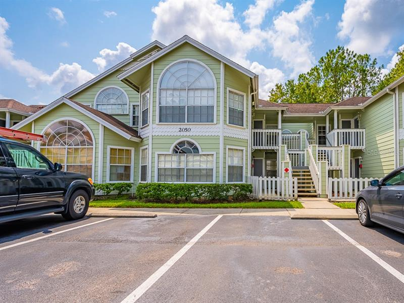 Image for property 2050 ROYAL BAY BOULEVARD 5, KISSIMMEE, FL 34746