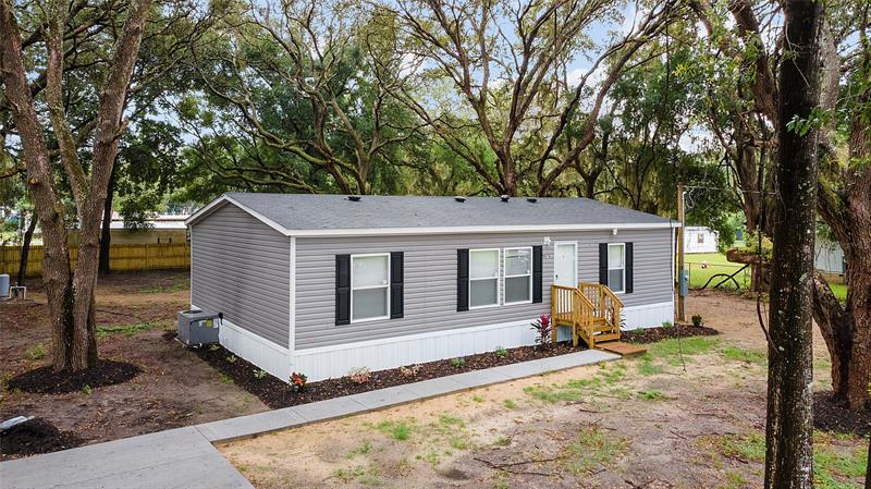 Image for property 9978 SE 169TH ST, SUMMERFIELD, FL 34491