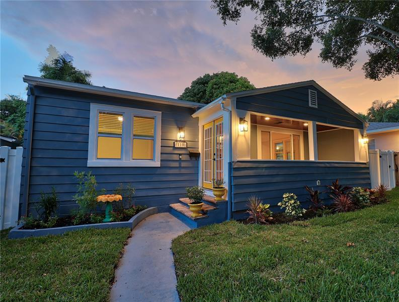 Image for property 110 19TH AVENUE, ST PETERSBURG, FL 33704