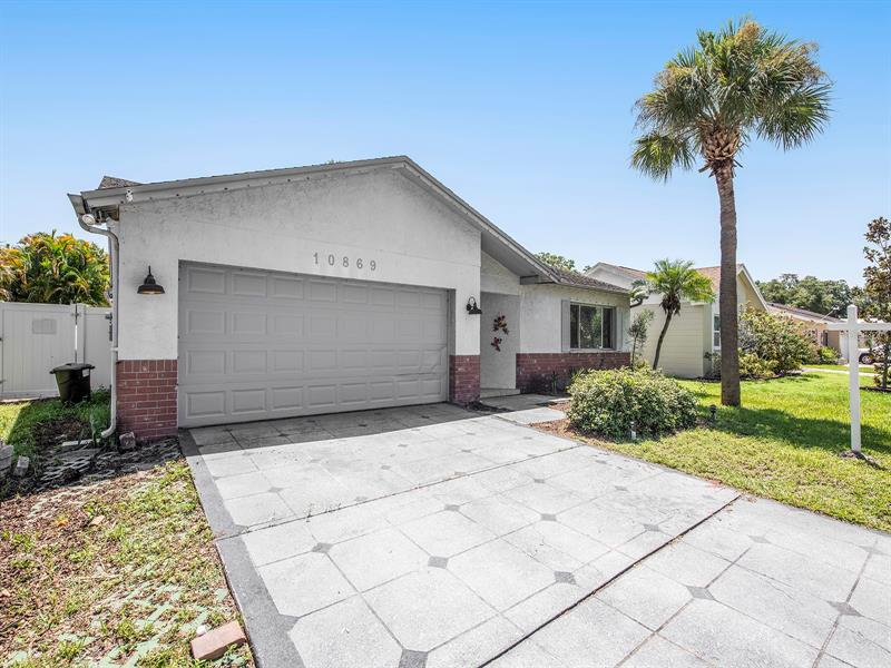 Image for property 10869 65TH WAY, PINELLAS PARK, FL 33782
