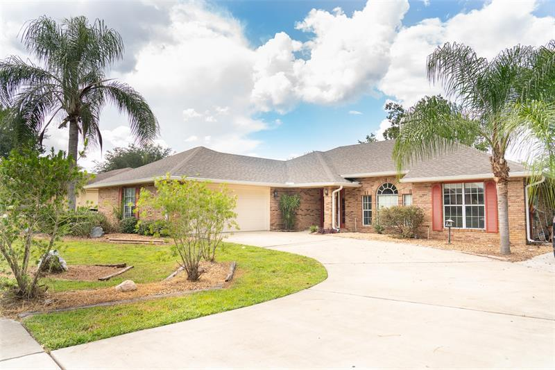Image for property 630 MOSS POINT COVE COURT, DEBARY, FL 32713