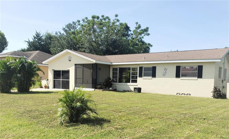 Image for property 68 CRYSTAL DRIVE, DEBARY, FL 32713