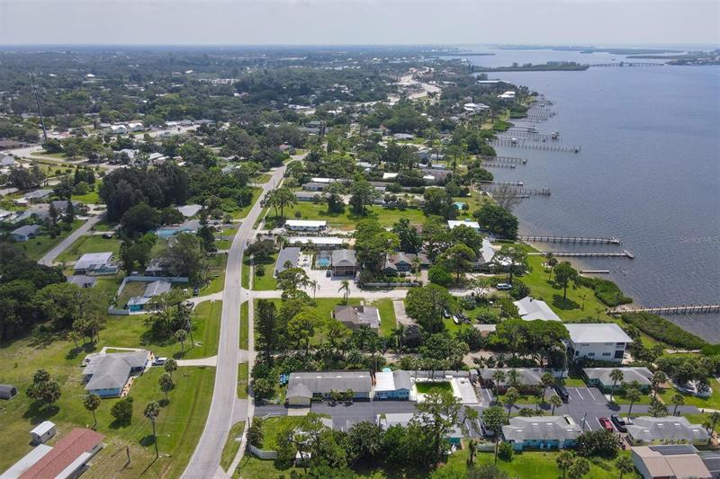 Image for property 470 MCCALL ROAD 12, ENGLEWOOD, FL 34223