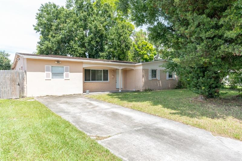 Image for property 7711 POWHATAN AVENUE, TAMPA, FL 33615