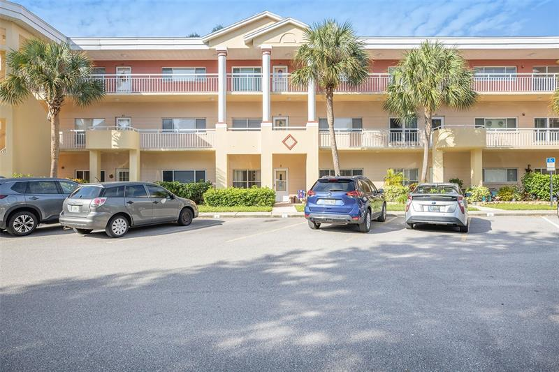 Image for property 2022 CAMELOT DRIVE 25, CLEARWATER, FL 33763