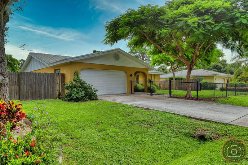 Image for property 3295 DATURA ROAD, VENICE, FL 34293