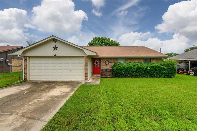 Image for property 1819 Oak Hill Drive, Corinth, Texas 76210