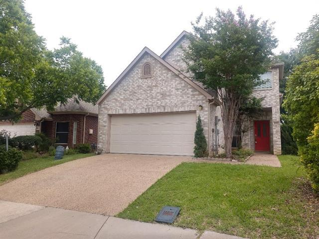 Image for property 2025 Raven Lane, Lewisville, Texas 75077