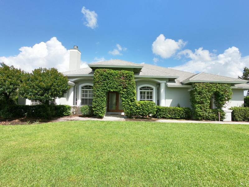 Image for property 2920 Appaloosa Trail, Wellington, FL 33414