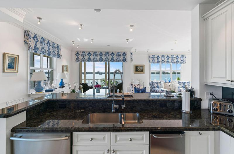 Image for property 3910 Flagler Drive 401, West Palm Beach, FL 33407