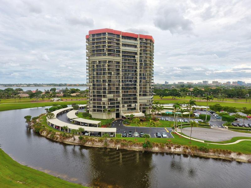 Image for property 1900 Consulate Place 803, West Palm Beach, FL 33401