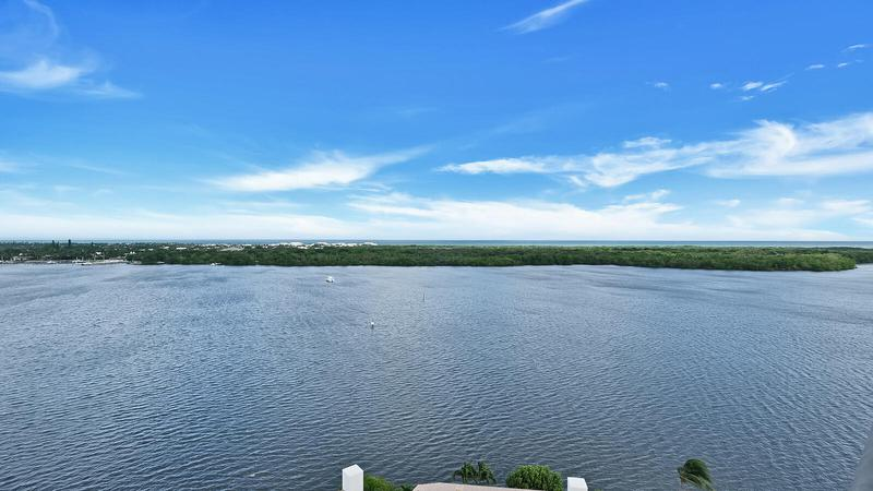 Image for property 100 Lakeshore Drive 1052, North Palm Beach, FL 33408