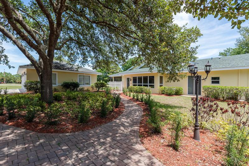 Image for property 18606 Kitty Hawk Court, Port Saint Lucie, FL 34987