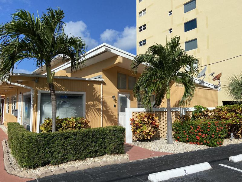 Image for property 605 Riverside Drive 9, Pompano Beach, FL 33062