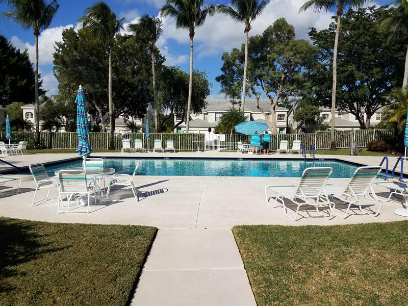 Image for property 10112 Andover Coach Circle B1, Lake Worth, FL 33449