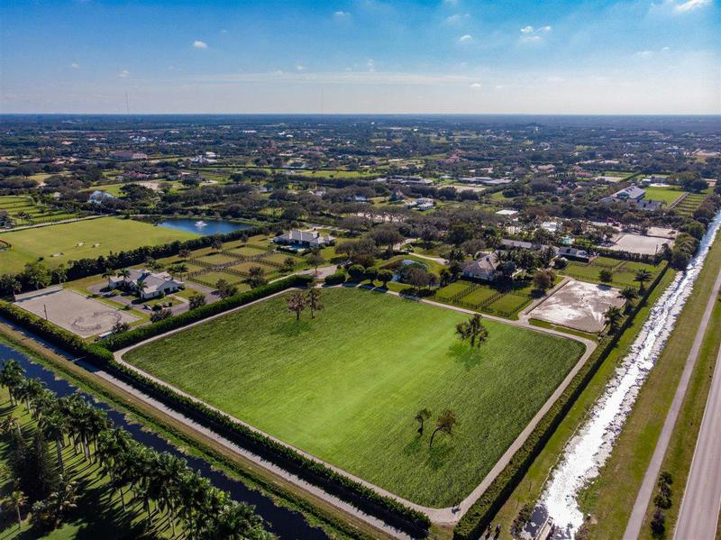 Image for property 15787 Imperial Point Lane, Wellington, FL 33414