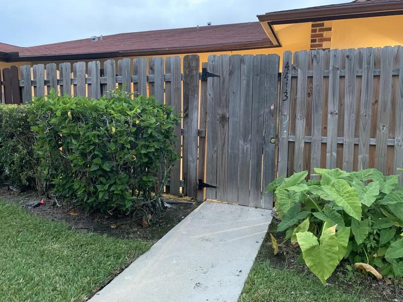 Image for property 4413 Woodstock Drive B, West Palm Beach, FL 33409