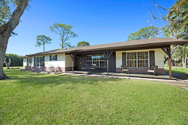 Image for property 3989 161st Terrace, Loxahatchee Groves, FL 33470