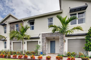 Image for property 8705 Via Mar Rosso, Lake Worth, FL 33467