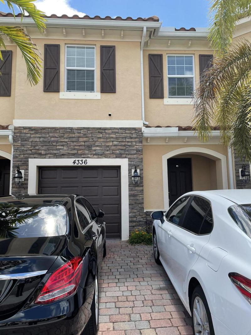 Image for property 4336 Brewster Lane, West Palm Beach, FL 33417