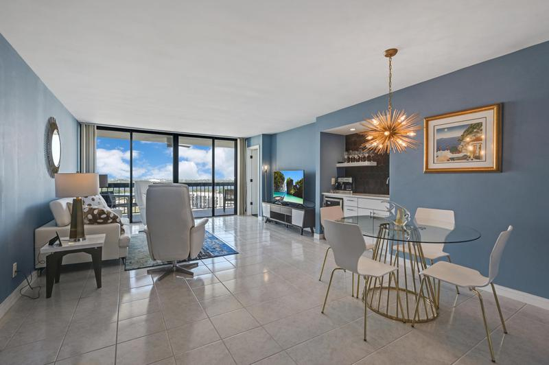 Image for property 2425 Presidential Way 1603, West Palm Beach, FL 33401