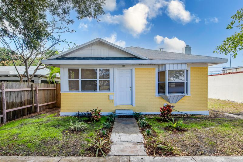 Image for property 524 55th Street, West Palm Beach, FL 33407