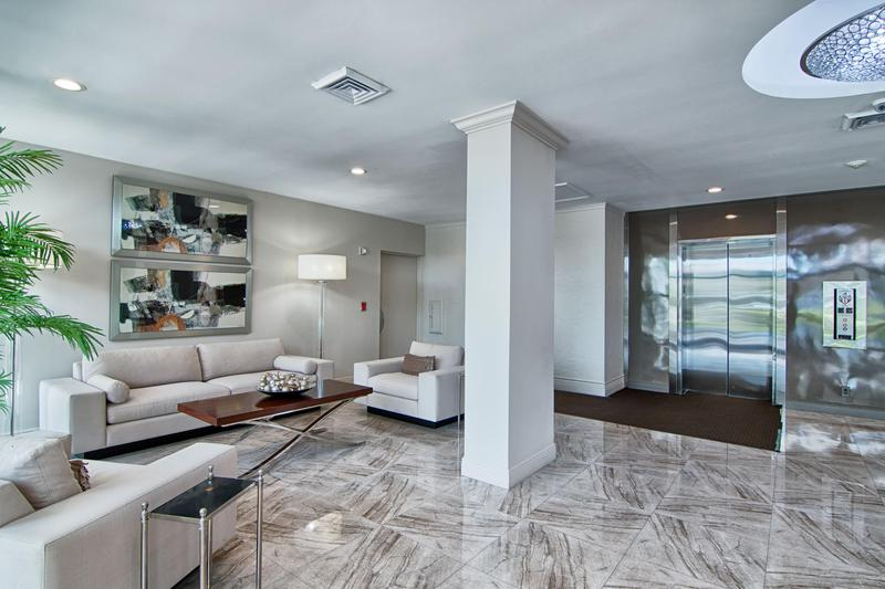Image for property 2000 Presidential Way 406, West Palm Beach, FL 33401