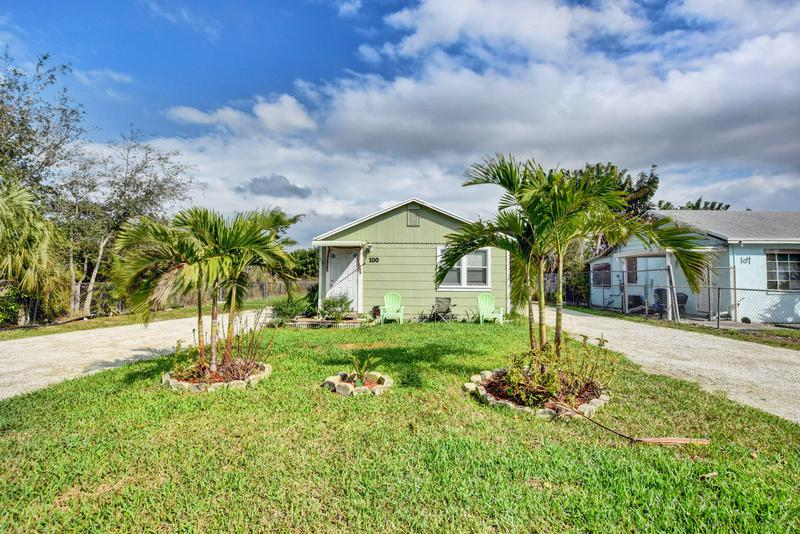 Image for property 100 Urquhart Street, Lake Worth, FL 33461