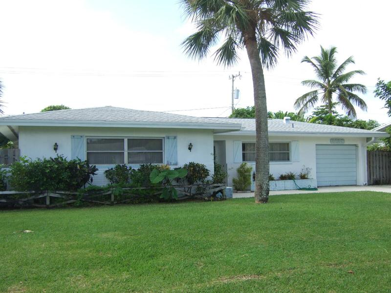 Image for property 3638 Lighthouse Drive, Palm Beach Gardens, FL 33410