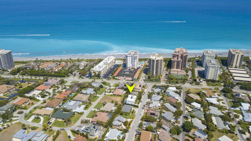 Image for property 421 Mars Way, Juno Beach, FL 33408