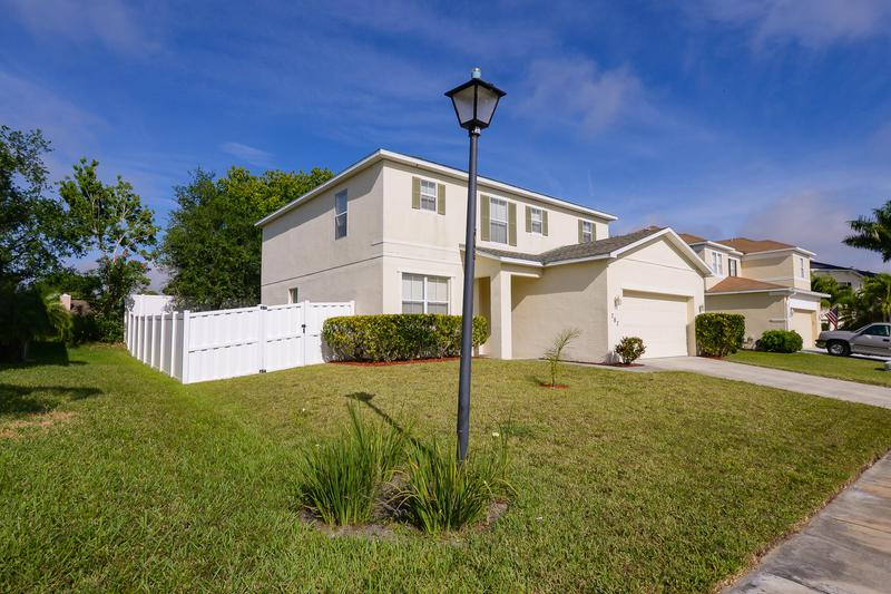 Image for property 707 Carriage Lake Way, Vero Beach, FL 32968