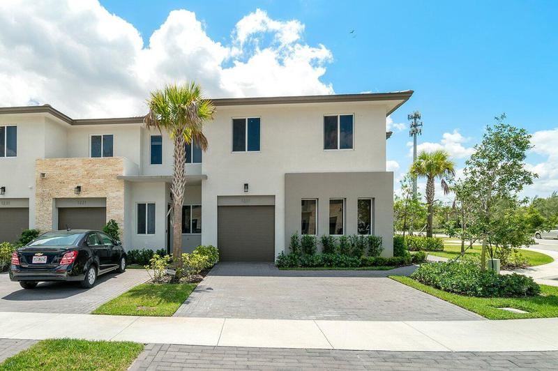 Image for property 1211 Pioneer Way, Royal Palm Beach, FL 33411