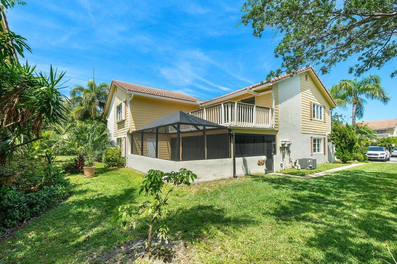 Image for property 242 Seabreeze Circle, Jupiter, FL 33477
