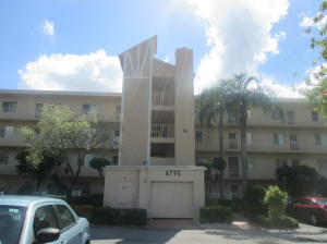 Image for property 6795 Huntington 405 Lane 405, Delray Beach, FL 33446