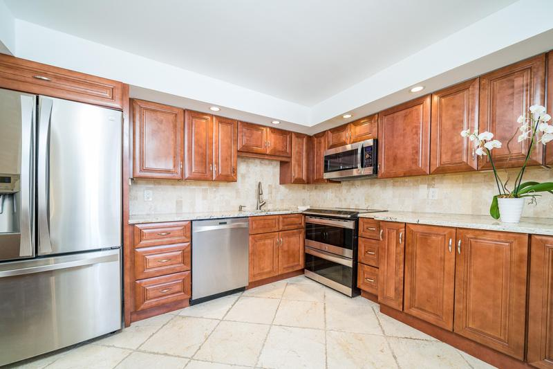 Image for property 501 11th Place 101, Boca Raton, FL 33432