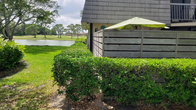 Image for property 1110 11th Terrace, Palm Beach Gardens, FL 33418