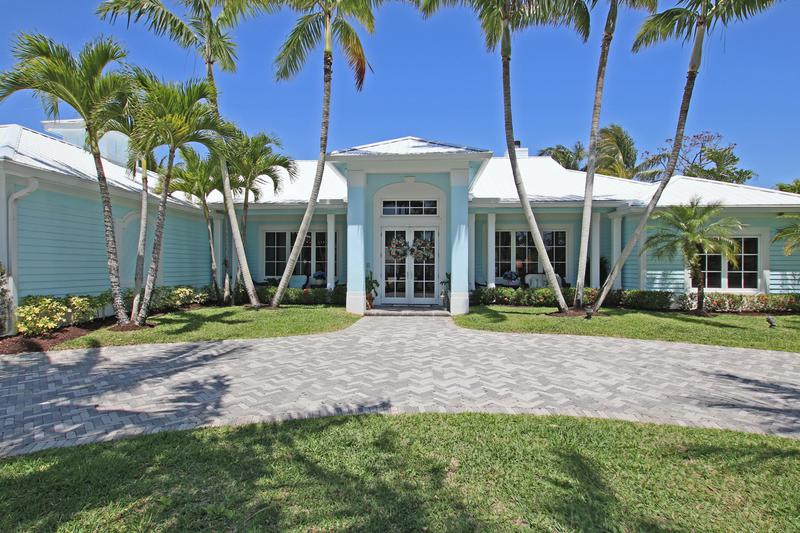 Image for property 11 Bunker Place, Tequesta, FL 33469
