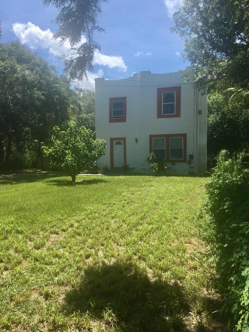 Image for property 119 11th Street, Fort Pierce, FL 34950