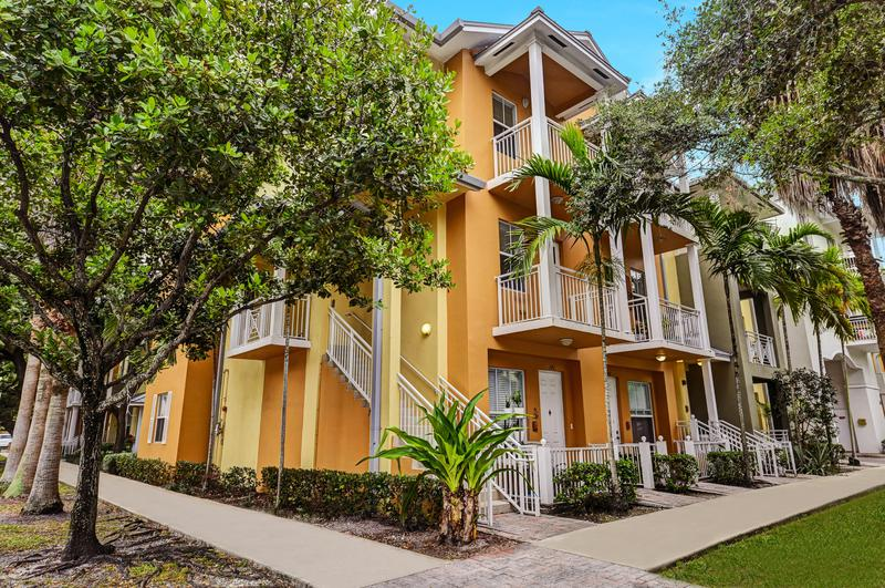 Image for property 340 13th Terrace, Fort Lauderdale, FL 33312