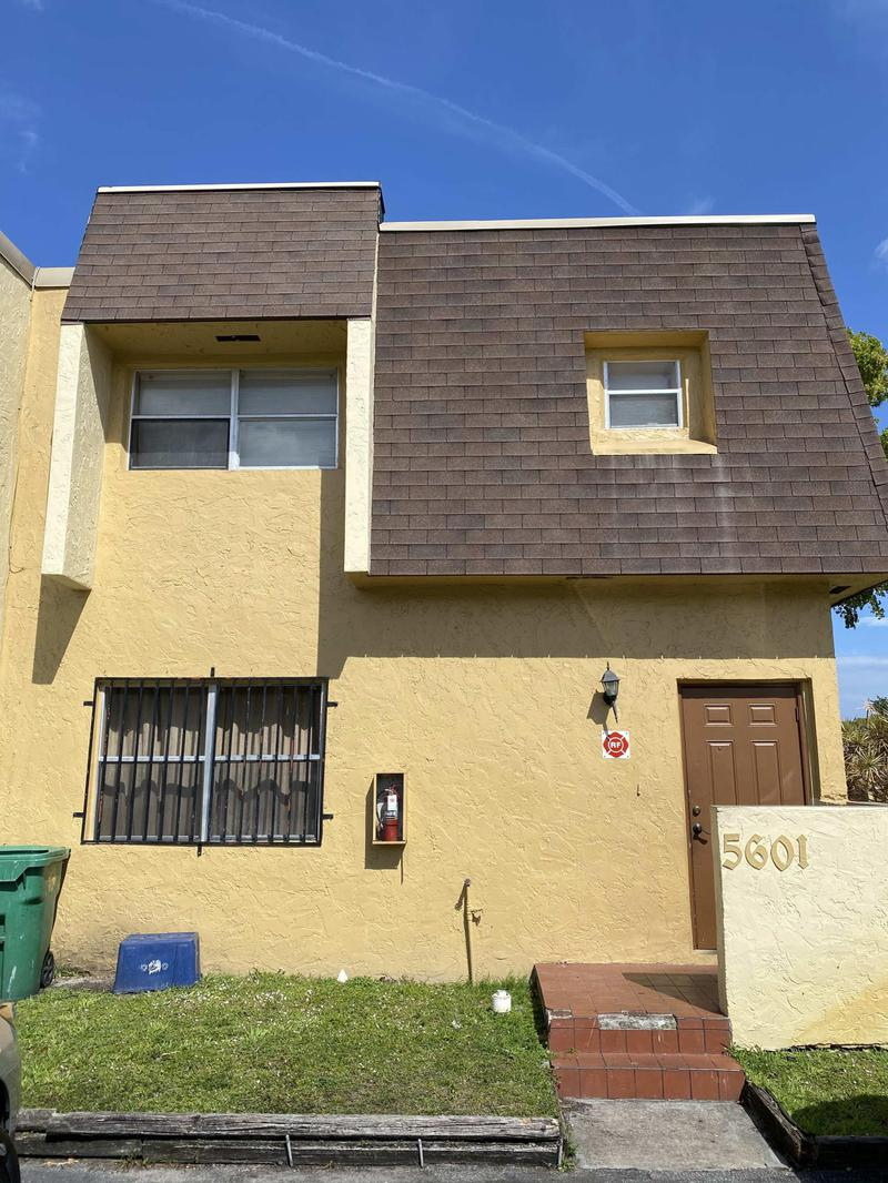 Image for property 5601 Blueberry Court 157, Lauderhill, FL 33319