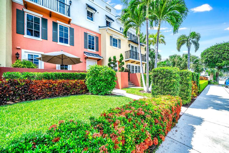 Image for property 62 7th Avenue, Delray Beach, FL 33483