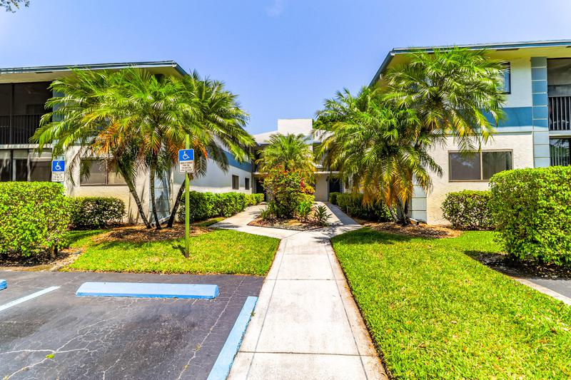 Image for property 15342 Lakes Of Delray Boulevard 108, Delray Beach, FL 33484